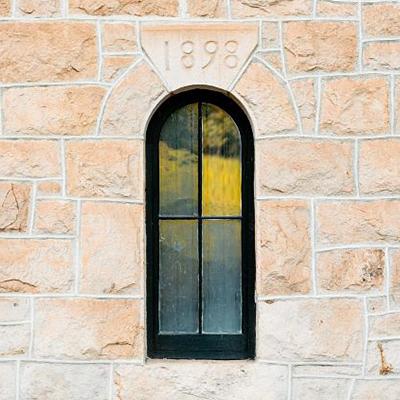 La Jota Vineyard Window